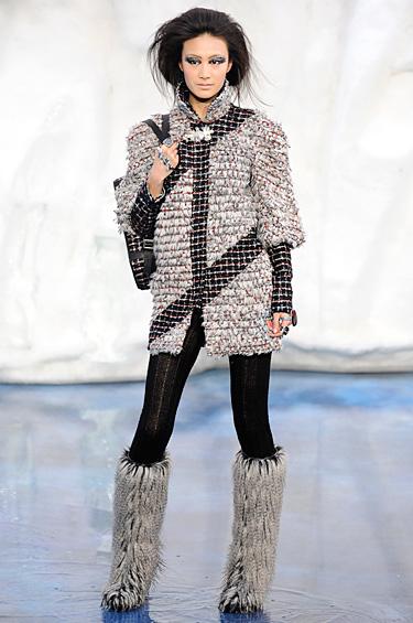 La colección pret-a-porter de Chanel está lista para derretir el hielo.