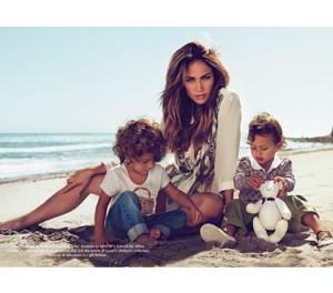 Jennifer López para la nueva colección de niños de Gucci