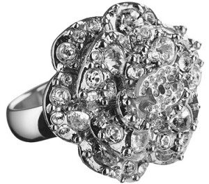 Chanel-anillo colección crucero