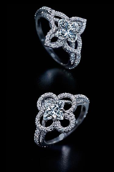 Louis Vuitton 1 - La célebre flor del Monogram esculpida en diamante