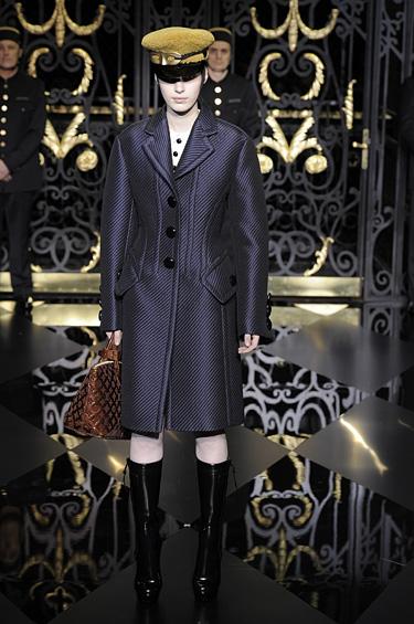 Louis Vuitton 1 - Descubre la colección de damas Ready to Wear Otoño-Invierno 2011-12