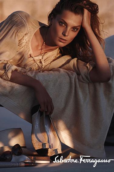 Salvatore Ferragamo 1 - Campaña publicitaria primavera/verano 2011