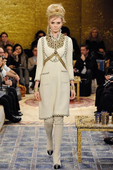 Chanel 1 - Tradición y esplendor en la pasarela, en honor a los artesanos franceses