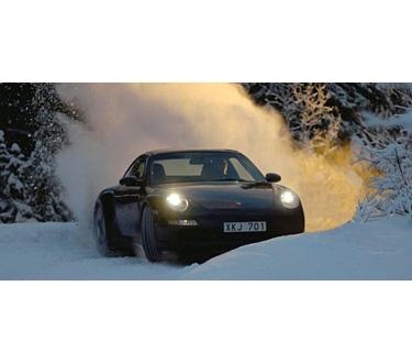 Quintessentially 2 - Vive una experiencia como ninguna manejando coches deportivos sobre lagos congelados en Suecia