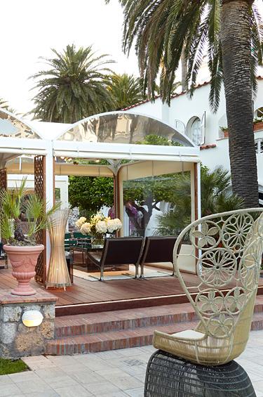 Chanel 1 - Una boutique en la encantadora isla de Capri