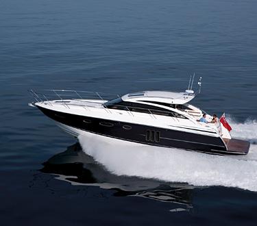 Quintessentially 1 - Princess Yachts V52, el mejor yate motorizado deportivo del año