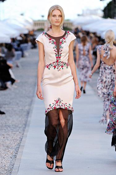 Chanel 1 - Un glamour más natural e interior, a millas de distancia de las tendencias actuales en la alfombra roja