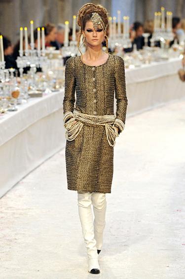 Chanel 1 - El tradicional desfile con hermosos diseños inspirados en la India