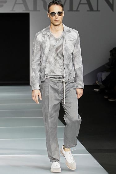 Emporio Armani 1 - Diseños juveniles y desenfadados dirigidos a un hombre atrevido y con fuerte personalidad