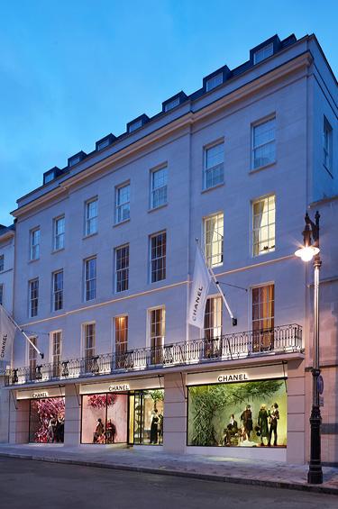 Chanel 1 - CHANEL celebró la inauguración de la boutique en New Bond Street