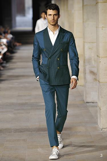 Hermès 1 - Hermés brinda un estilo clásico, limpio y elegante para caballero