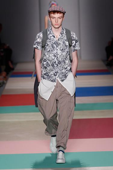 Marc Jacobs 1 - Marc Jacobs trae diseños coloridos para un hombre con mucho estilo